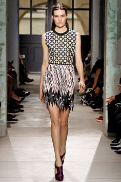 Balenciaga Spring 2013 RTW - Review - Fashion Week - Runway, Fashion Shows and Collections - Vogue - Vogue