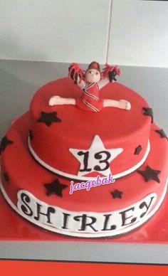 Cheer leaders cake