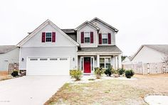 You MUST check out this beautiful 4 bedroom, 2.5 bath home located in the Topsail school district! Give us a call today 910.939.2262 for more information or click the link in our bio!