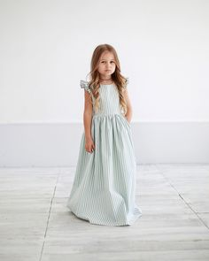 Gowns For Girls, Girls Dresses, Flower Girl Dresses, Toddler Outfits, Kids Outfits, Kids Gown, Girl Fashion, Fashion Outfits, Stylish Kids