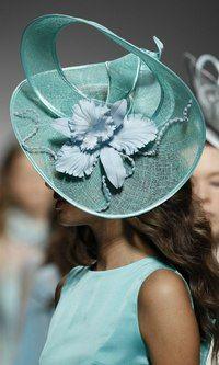 Selecting The Right Fashion Hats Womens Wedding Hats, Headpiece Wedding, Sombreros Fascinator, Facinator Hats, Ascot Hats, Millinery Hats, Kentucky Derby Hats, Fancy Hats, Love Hat