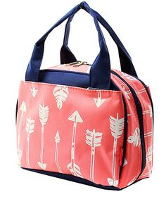 My coral arrow lunch bag has an insulated interior to help keep your food cool. It measures 9L x 5D x 7.5H. Features of the lunch bag are a durable, easy to clean canvas exterior, 2 outside pockets, carrying handles, and an easy to wipe clean interior. *Monogram is included in price*  In notes to seller, please let me know what youd like monogrammed on your bag and any other information I may need pertaining to your order. Please stay in touch with me after placing your order as I may have…