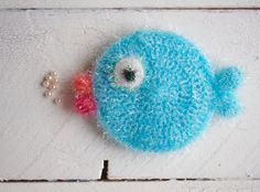 Crochet Patterns Funny Flushing sponges NO: 5 Who has goldfish needs no other pets Crochet Home, Free Crochet, Knit Crochet, Crafts To Sell, Diy And Crafts, Fabric Crafts, Decoration, Craft Projects, Crochet Earrings