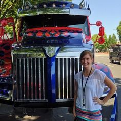 My company built the Optimus Prime and Galvatron trucks that were used to film the Transformer movies. They were brought on site and we got to ride in them! #lovemyjob #Daimler #Freightliner #WesternStar #Transformers #OptimusPrime #Galvatron #Autobots