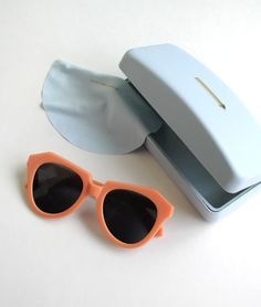 Karen Walker Number One - Peach
