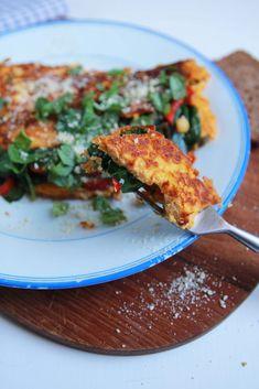 Vláčna tofu omeleta plná zeleniny - rebarbora.blog Tofu, Risotto, Ale, Ethnic Recipes, Basket, Red Peppers, Ales