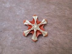 Origami Pumpkin Flake (Alexander Kurth) Tutorial - YouTube