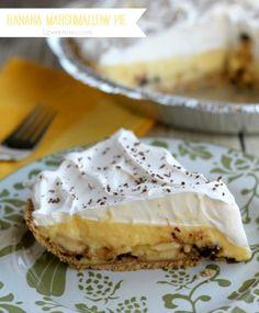 Creamy Banana Marshmallow Pie