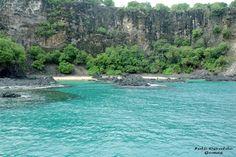 Fernando de Noronha é um arquipélago pertencente ao estado brasileiro Pernambuco, formado por 21 ilhas e ilhotas, ocupando uma área de 26 km², situado no Oceano Atlântico,