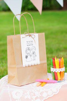 Kindertisch, Geschenk fuer die kleinen Gäste, Hochzeit, Beschäftigung