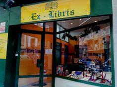 En la Calle Canga Argüelles, nº 2 encontramos una tienda especializada,  una forma artesanal y tradicional de trabajar el papel y otros materiales. En Gijón disfrutarás de todo esto y más, en EX LIBRIS.  Puedes pedir información o realizar tus encargos en el teléfono 985374046 o  contactando en  su correo:  gijonexlibris@gmail.com.