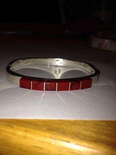 #RedJasper #Sterling #Bracelet #Bangle #Mexico #redjasperbracelet #vintagejewelry #jewelry #vintage #cuff #southwesternjewelry #madeinmexico #mexicansterling #jaspercuff #jasperbracelet #jaspetbangle #vintagebangle #vintagebracelet #redcoral http://etsy.me/1EGXkKz