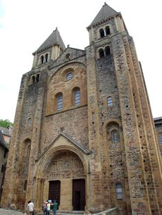 Santa Fe de Conques FACHADA