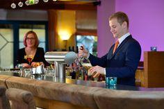 neue Hotelbar - gepflegte Biere und leckere Cocktails geniessen. Viel Spass