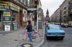 Die Heimstraße mit Blick auf die Passionskirche, 1986   So sah West-Berlin aus, als es von der Mauer umschlossen war