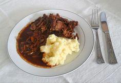 Texasi omlós marhahús Vindaloo, Mashed Potatoes, Slow Cooker, Bacon, Texas, Beef, Ethnic Recipes, Food, Whipped Potatoes