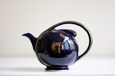 Hall Airflow Teapot - Vintage Navy and Gold Teapot.