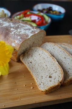 Wiejski chleb na zakwasie żytnim z dodatkiem maślanki http://fantazjesmaku.weebly.com/blog-kulinarny/wiejski-chleb-na-zakwasie-zytnim-z-dodatkiem-maslanki
