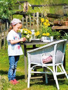 die besten 25 tulpen in der vase ideen auf pinterest fr hlingsblumen easy to grow bulbs und. Black Bedroom Furniture Sets. Home Design Ideas