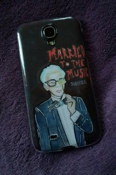 My homemade phone case of Jonghyun married to the music inspired. By: @Spooky Life