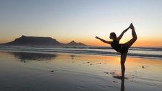 Yoga, Mädchen, Strand Yoga girl on the beach Yoga Beginners, Beginner Yoga, Cardio Training, Yoga Teacher Training, Pranayama, Learn Yoga, How To Do Yoga, Practice Yoga, Asana