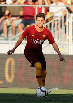 Stephan El Shaarawy Photos - Stephan El Shaarawy of AS Roma controls the ball during the Pre-Season Friendly match between AS Roma and Avellino at Stadio Benito Stirpe on July 2018 in Frosinone, Italy. - AS Roma vs. As Roma, Football Soccer, Role Models, Front Row, My Life, Beautiful, Hs Sports, Cars, Italia
