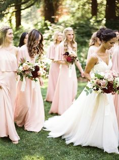 Outdoor Oregon Wedding With Blush Bridesmaids Bridesmaid Dresses Outfit Pale
