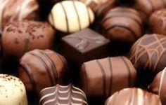 Cómo hacer bombones de chocolate con licor #postre #receta