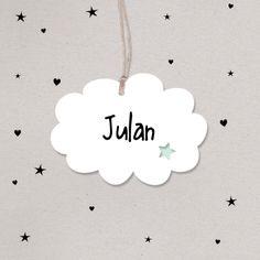Rustig geboortekaartje voor de geboorte van een jongen. De naam van je baby schrijf je op het trendy wolkje. #wolk #zoon #geboortekaartje