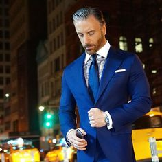 Christopher Korey at DuckDuckGo Suit Fashion, Mens Fashion, Azul Indigo, Modern Suits, Blue Suit Men, Gq Style, Real Style, Brown Suits, Tuxedo For Men