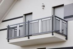 Window Grill Design Modern, Balcony Grill Design, Grill Door Design, Balcony Railing Design, Door Gate Design, Front Door Design, Staircase Railing Design, Patio Railing, Front Porch Railings