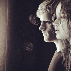 Peeta and Katniss <3