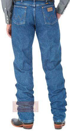 Calça wrangler Masculina Importada Cowboy Cut Original Fit Stonada   Calça jeans Wrangler masculina Importada do México.Confeccionada em tecido 100% algodão na cor azul Stonada (lavagem com pedras para dar um ar de desgastada), costura reta da perna mais justa e cós tradicional. Ideal para ser usada no dia a dia de trabalho pois é muito resistente e por ser uma peça muito bonita cai muito bem para as noites de rodeio e passeio.