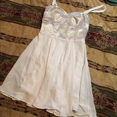 Worn once dress Perfect condition Express Dresses Mini