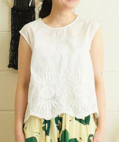 AMBIDEX Store 【 予約販売 】○ 60/-ローン スカラップ 刺繍 ノースリ ブラウス(F キナリ): bulle de savon