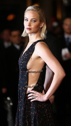 Pictured: Jennifer Lawrence At Mockingjay Part 2 London Premier