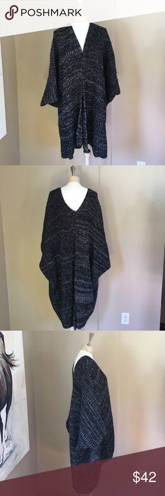 Sweater Sweater / vest super comfortable and super warm 🎉 Sweaters Shrugs & Ponchos