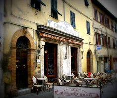Outside sitting area Bar Caffé Fiaschetteria Montalcino