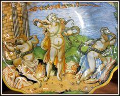 Chateau-Ecouen- Laocoon: figure religieuse troyenne, s'était opposé à l'entrée du cheval de bois que les Grecs avaient déposé devant les portes de la ville avant de lever son siège. Mais ce cri d'opposition va être étouffé lorsque l'homme, au moment de célébrer un sacrifice, est subitement enlacé avec ses fils par 2 serpents sortis de mer. Intervention divine favorable aux Grecs car les Troyens, effrayés par l'événement, décident de faire entrer le cheval au sein de la ville. De celui-ci...