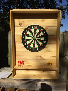 outdoor dartboard stand 2x4s and osb with 2 coats exterior latex personal projects i 39 ve