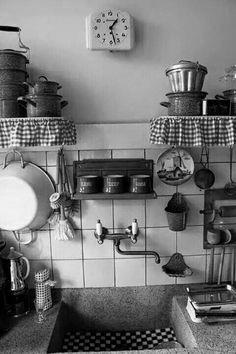 Op het moment mag ik een plan maken voor een nog te bouwen appartement inclusief de te plaatsen badkamer en keuken. ...