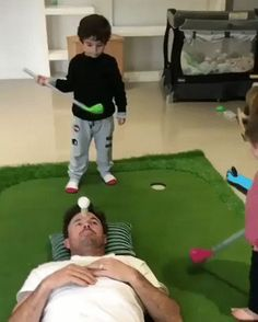 Dad trusting his little ones too much – Gif