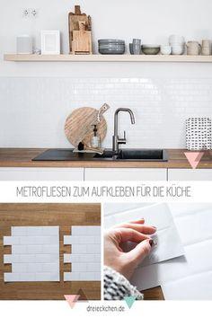 skandinavische Metro Fliesen einfach als Fliesenaufkleber befestigen als Küchenrückwand Kitchen Tiles, Kitchen Decor, Diy Kitchen Projects, Metro Tiles, Scandinavian Kitchen, Küchen Design, Interiores Design, Cool Ideas, Cool Kitchens