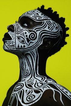 "edmaximus: "" Laolu x Maximus Sacred Art of The Ori For Colored Girls Photo by Ed Maximus Body Art Laolu Senbanjo Muse: Nadia "" Arte Tribal, Tribal Art, Tribal Makeup, African Tattoo, Art Visage, Afrique Art, Art Premier, Photocollage, Foto Art"