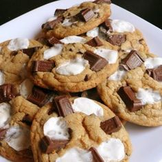 S'mores Cookies.. Can't wait to make these with my boys!  LOVE baking cookies with my kids!!