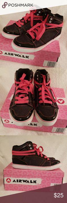 💥 Airwalk High Tops Women Size 8.5 🛑 Airwalk High Tops Women Size 8.5  Black and Pink. Airwalk Shoes Athletic Shoes