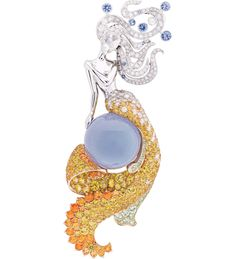 Fée des Mers clip from the Seven Seas collection by Van Cleef & Arpels with a cabochon-cut chalcedony Jewelry For Her, High Jewelry, Jewelry Art, Fashion Jewelry, Jewlery, Bijoux Van Cleef And Arpels, Gemstone Colors, Gemstone Rings, Jewelry Design Drawing