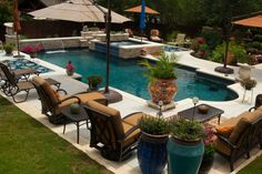 Vanishing Edge, Freeform and Geometric Swimming Pool Designs by Cody Pools, a pool builder in Austin, Dallas/Ft. Worth, San Antonio & Houston.