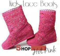 READY STOCK KIDS BOOTS IMPORT KODE : Kids Lace Boots HOTPINK PRICE : Rp.200.000,- AVAILABLE SIZE (insole) : - Size 18 (16,5cm) - Size 19 (18cm) - Size 20 (18,5cm) - Size 21 (18,5cm) - Size 22 (20,5cm) Material : Brukat tebal licin dan kuat,Sol karet lentur. Ringan dan nyaman sesuai utk anak-anak. Insole = panjang sol dalam. Ukurlah panjang telapak kaki anak, beri jarak minimal 1-1,5cm dari insole. FOR ORDER : SMS/Whatsapp 087777111986 PIN BB 766A6420 Facebook : Mayorishop…