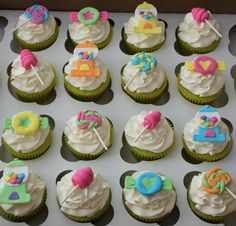 Backgrounds for Ipad HD Cupcakes Toppers Wallpaper